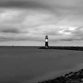 Leuchtturm - Hafeneinfahrt - Warnemünde